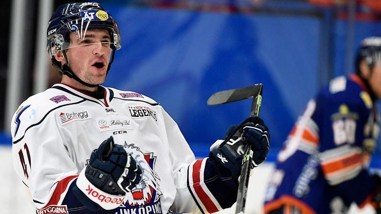 Linköping Broc Little jublar efter ett mål. Foto: Mikael Fritzon/TT