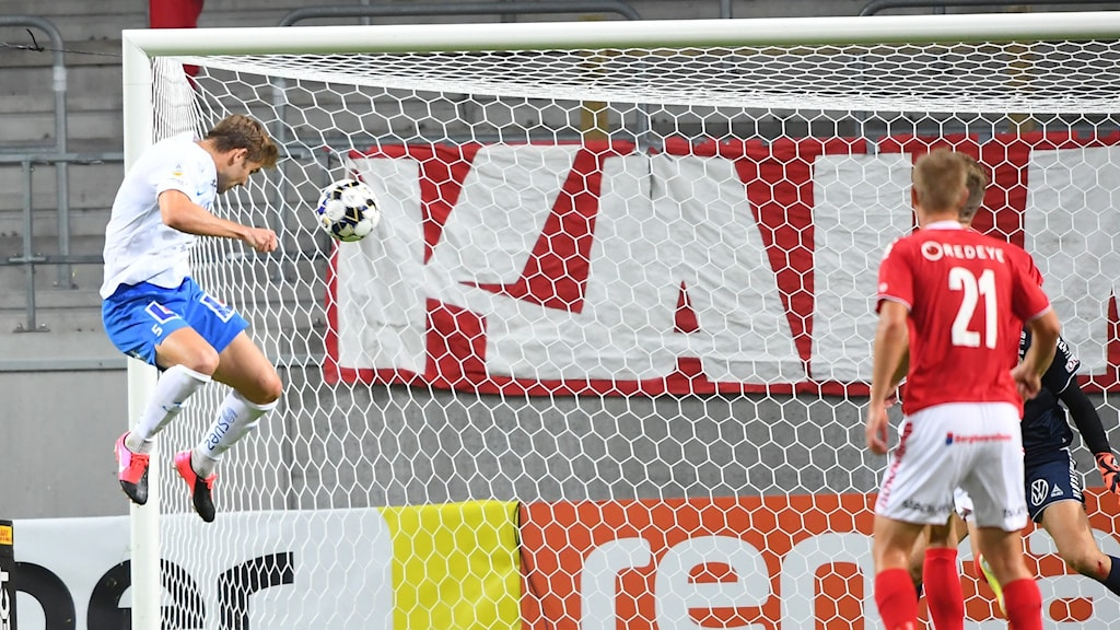 IFK Norrköpings Christoffer Nyman nickar in 0-2 i måndagens match mot Kalmar.
