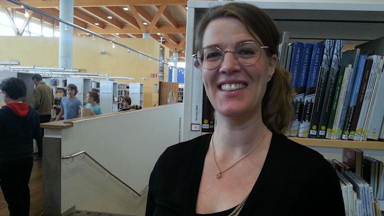 Tove Eriksson är projektledare för Bokjuryn. Foto: Molly Berggren/Sveriges Radio