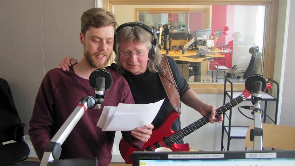 Viktor Levander och Janne Schaffer. Foto: Peter Kristensson/Sveriges Radio