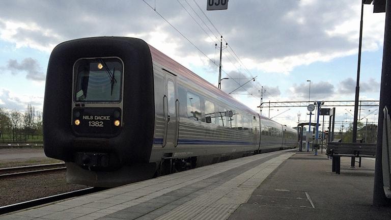 Tåg på Stångådalsbanan till Kalmar. Foto: Christian Ströberg/Sveriges Radio