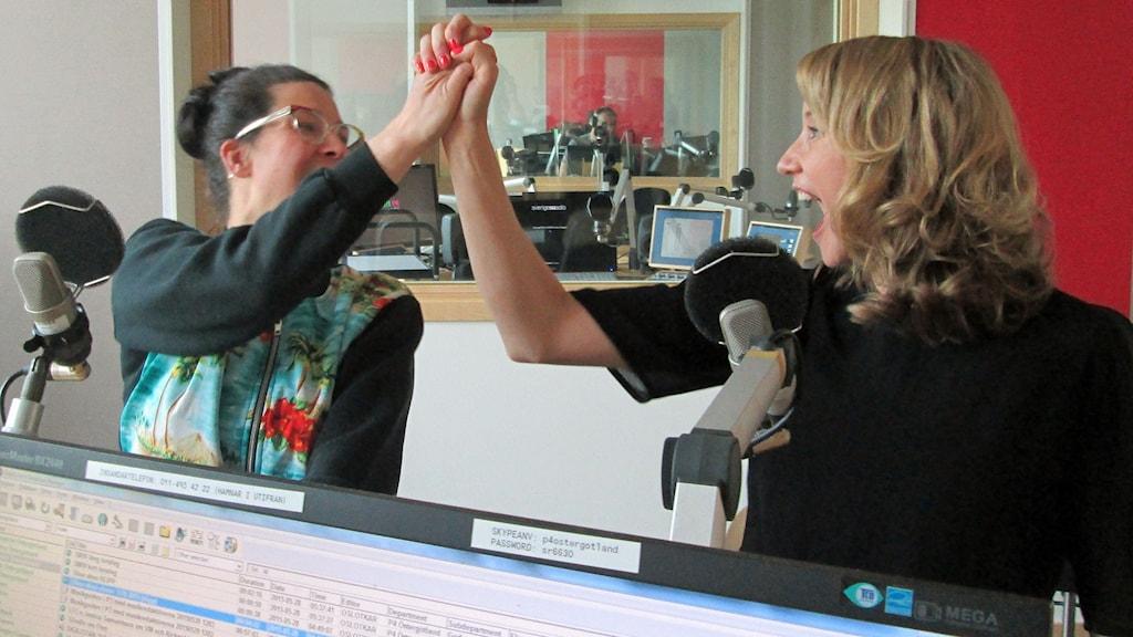 Matilda Grün och Jessica Hagdahl i The Shoo Shoo Sisters.