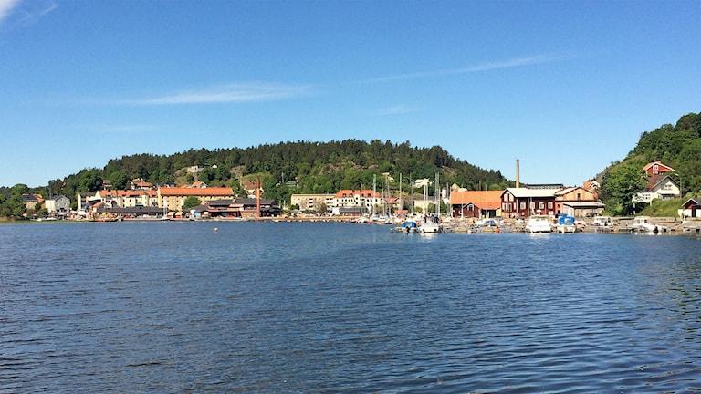 Valdemarsvik från vattnet. Foto: Johan Gustafsson/Sveriges Radio