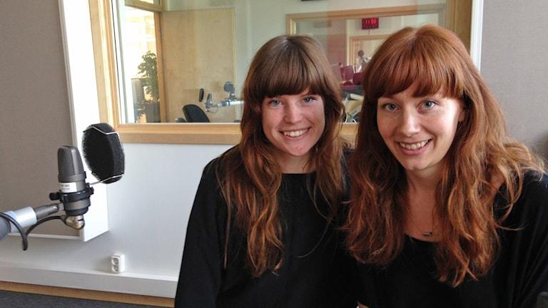 Elin Bennett och Hanna Hannerz Simoe. Foto: Lovisa Waldeck/Sveriges Radio