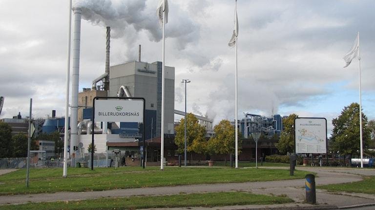 Rök från skorstenar.  Foto: Rosmari Karlsson/Sveriges Radio