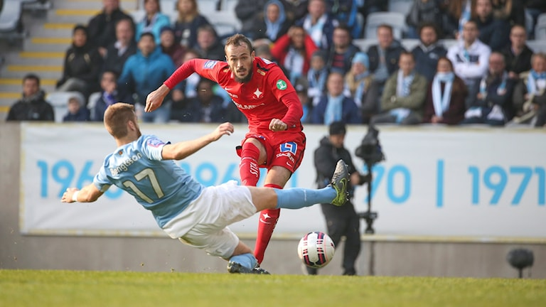 Norrköpings Emir Kujovic gör 0-1. Foto: Andreas Hillergren/TT