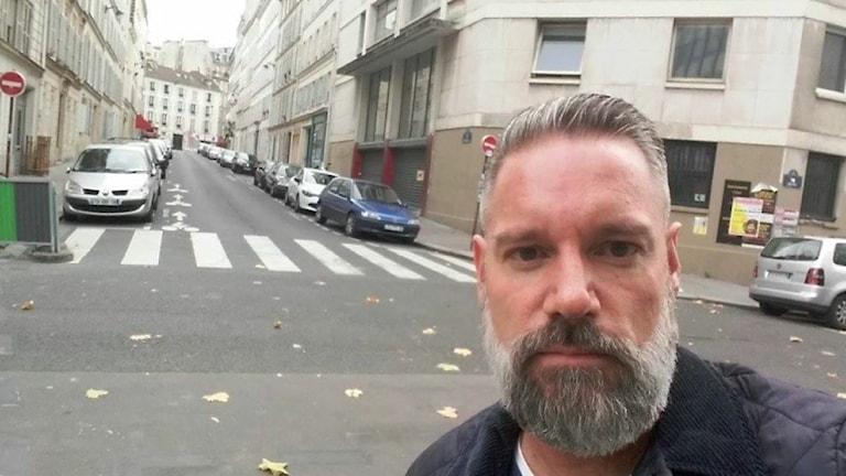 Patrique Lindahl i Paris dagen efter terrodåden Foto:Patrique Lindahl