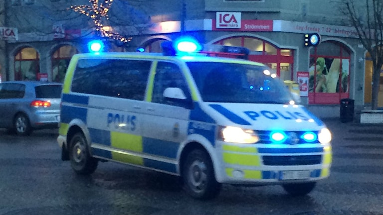 Polisbuss. Foto: Christian Ströberg/Sveriges Radio