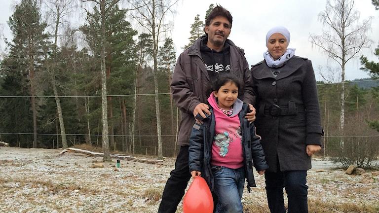 Fahd Kejok, Ikram Taleb och Aya Foto: Lisen Elowson Tosting/Sveriges Radio
