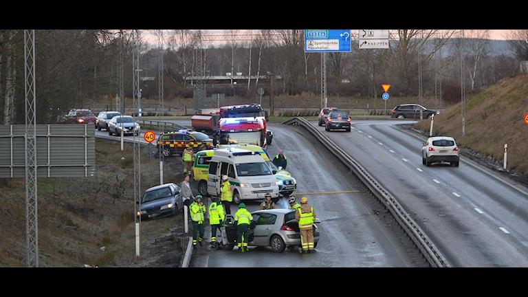 Fordon vid trafikolycka. Foto: Niklas Luks/nyhetswebben.se