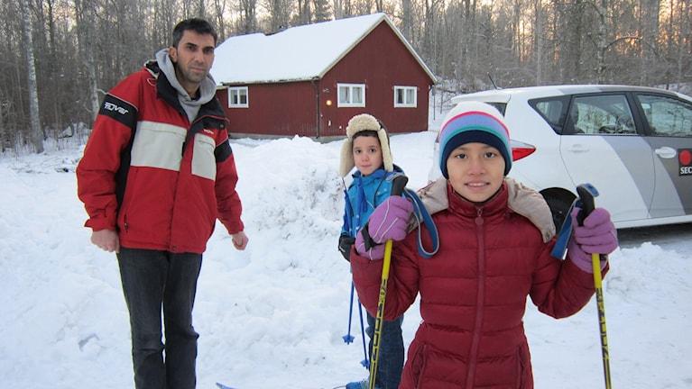 Skidåkning är populärt på evakueringsboendet. Foto: Raina Medelius/Sveriges Radio