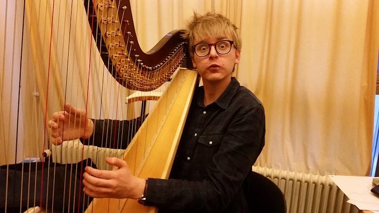 Malte vid harpan