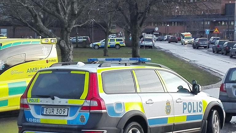 Polisens insats efter skottlossningen i Hageby i Norrköping. Foto: Tahir Yousef/Sveriges Radio