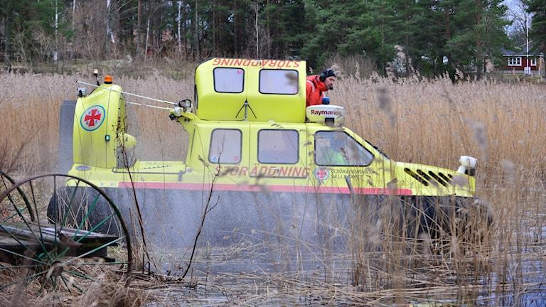 Sjöräddning med svävare på Glan. Foto: Niklas Luks/Nyhetswebben.se