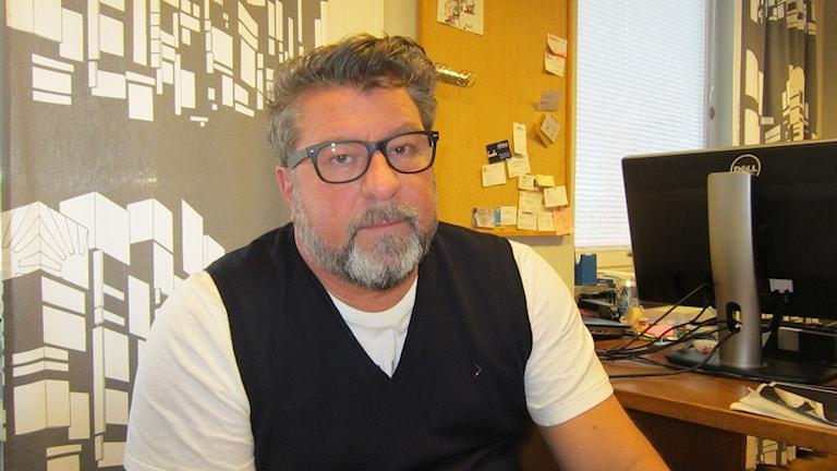 Rektor Micke Nord på Bildningscentrum Facetten i Åtvidaberg. Foto: Raina Medelius/Sveriges Radio