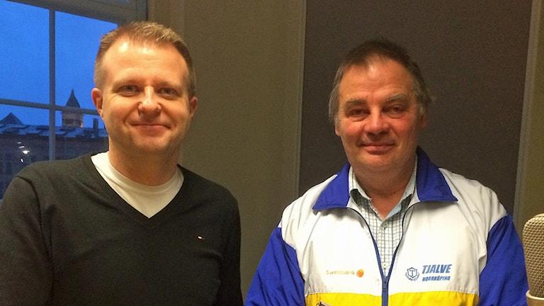 Jonny Karlsson, OK Denseln och Per Fröberg, Goif Tjalve. Foto: Lotta Ederth/Sveriges Radio