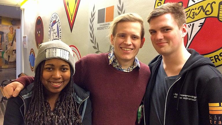 Lorena Persson, Jim Engstrand och Mikael Hållander från studentkåren StuFF.