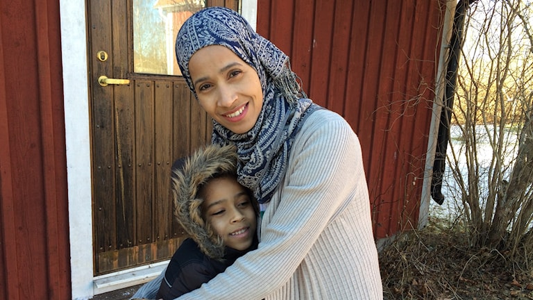 Huda Abdelkarem och hennes son Yasser.