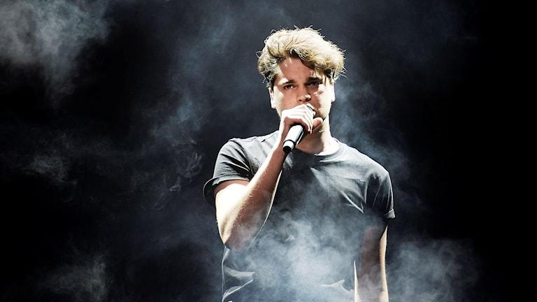 Oscar Zia under repetitionerna inför Melodifestivalens tredje deltävling i Norrköping.