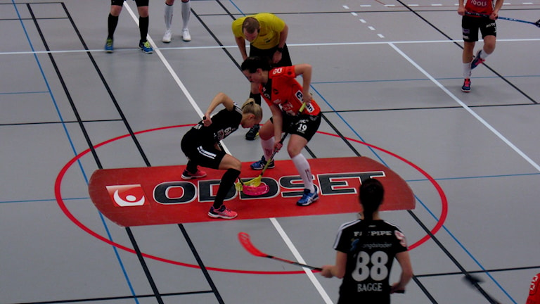 Tekning mellan Anna Wiman Linköping och Moa Schilström Rönnby