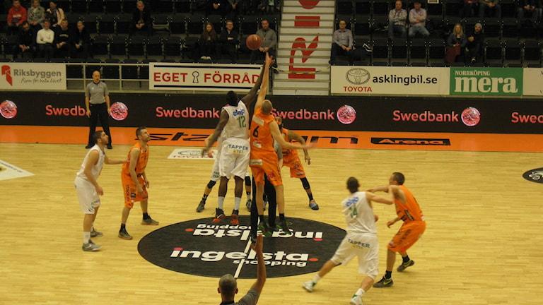 Uppkast i matchen mellan Dolphins och Nässjö
