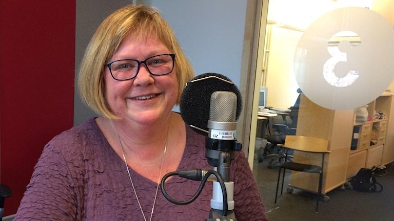 Christina Edström leder kurser i släktforskning inom ÖGF.