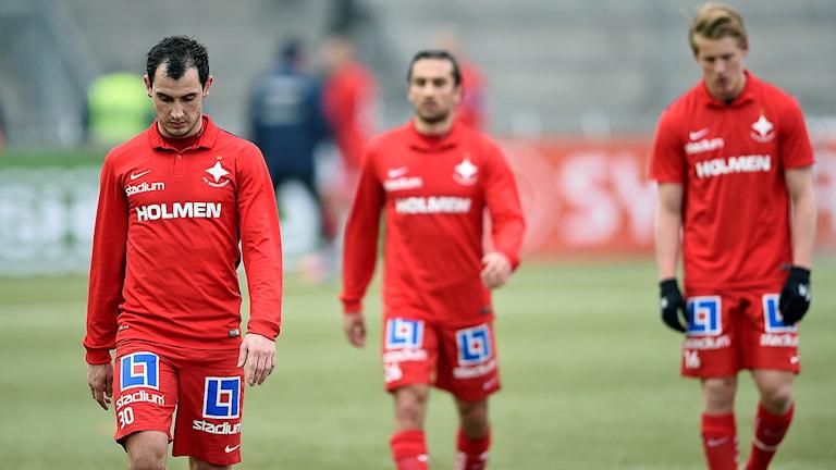 IFK Norrköpings Nikola Tkalcic m.fl Norrköpingsspelare deppar efter förlusten mot MFF