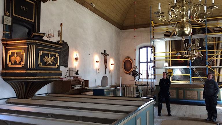Nyfixad predikstol i Östra Ryds kyrka.