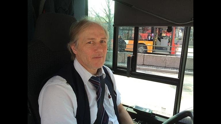 Busschaufför Jukka Järvelä.