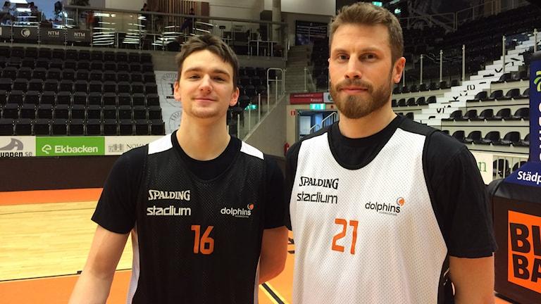 Tim Schüberg och Mikael Lindqvist basketspelare