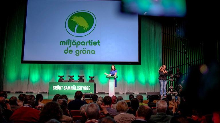 Avgående språkröret Åsa Romson talar på Miljöpartiets kongress i Karlstad.