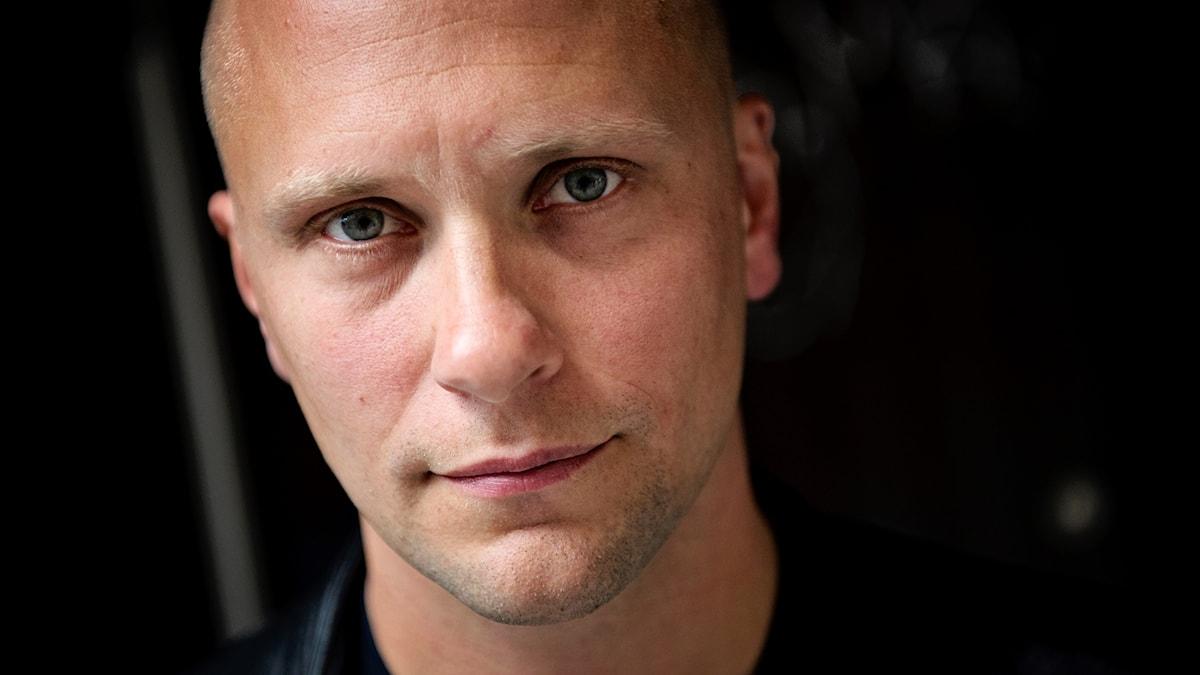 Magnus Betnér kommer till Bråvalla.