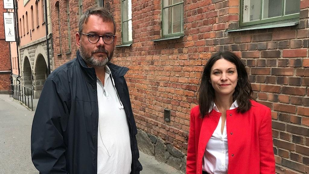 De östgötska riksdagsledamöterna, socialdemokraterna Mattias Ottosson och Teresa Carvalho. .