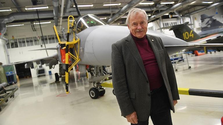 Stig Holmström flög den första provflygningen JAS 39 Gripen.