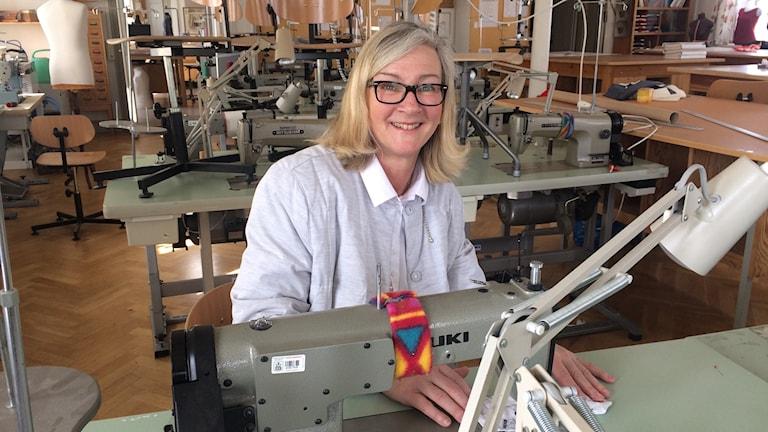 Annika Glimrén, yrkeslärare på Lennings Textilinstitut.