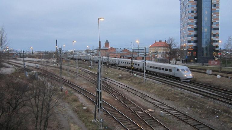 Järnvägen vid Steningeviadukten i Linköping.