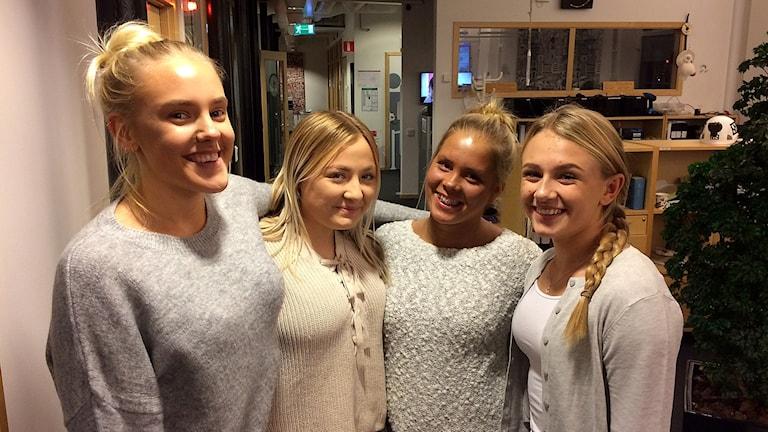 Hanna Lind, Tilde Baryard, Olivia Lindecrantz och Emmy Olander.