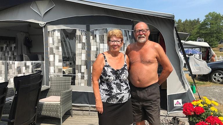 Marita och Lasse Thorsson har sin husvagn vid Ekön.