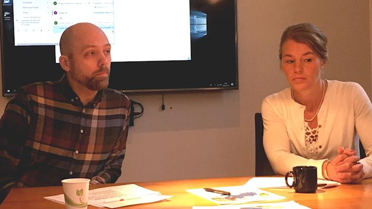 Nicklas Lundström Vänsterpartiet och Sophia Jarl Moderaterna