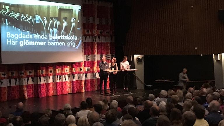 det var fullsatt i Nationernas hus i Linköping.