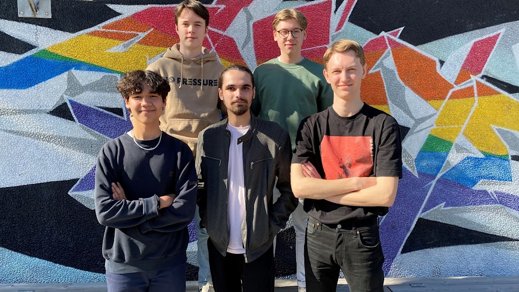 Gruppen Young är finalist nummer 2 i P4 Nästa Östergötland 2021.