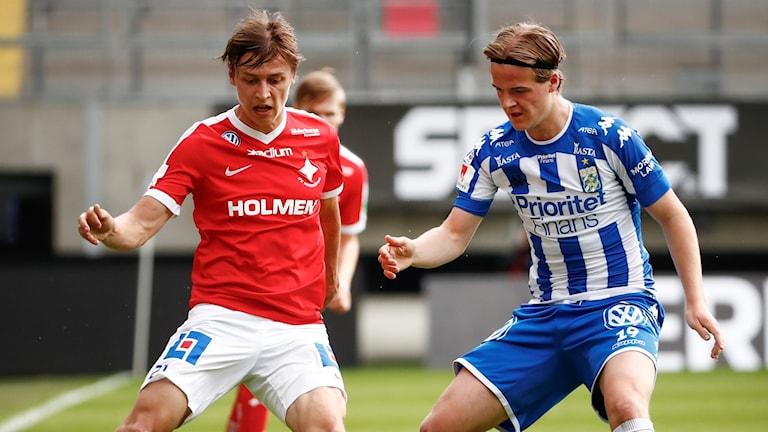 IFK Norrköpings Simon Thern och Göteborgs August Erlingmark.
