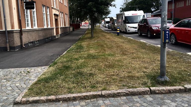 Långa köer genom Söderköping.
