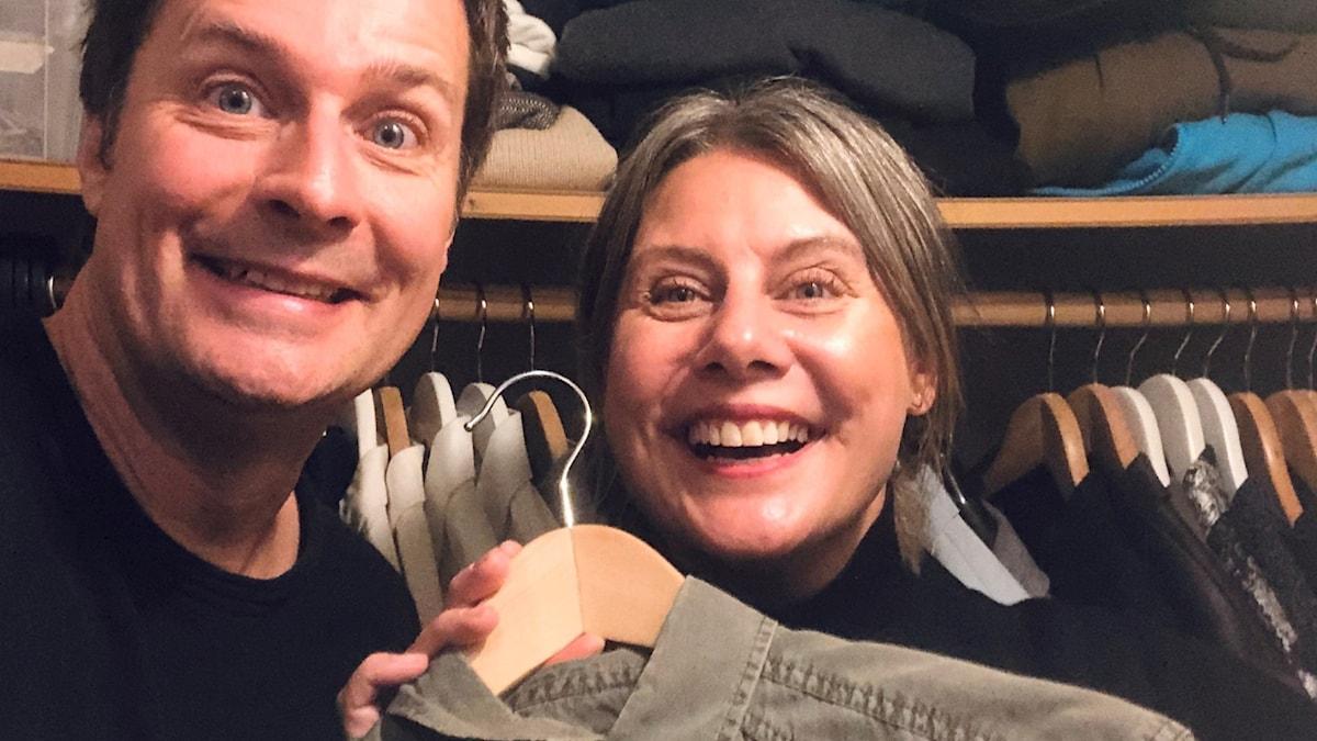 Ann-Sofie Bergort på besök i vår reporter Daniel Forsbergs garderob.