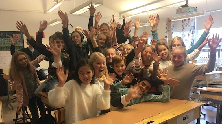 Agnes Ramer, Agnes Adell, Love Arvidsson, Sahil Batra har tillsammans med hela sin klass på Folkungaskolan genomfört provet till Vi i femman