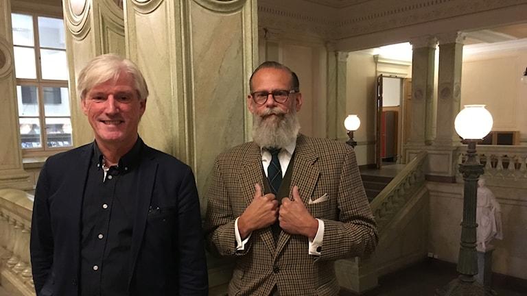 Gymnasiechef Claes Göransson och tekniker Mårten Hagelin på De Geergymnasiet i Norrköping.