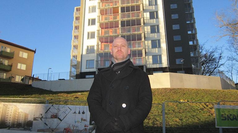 Herman Vinterhjärta (MP) är miljö- och samhällsbyggnadsråd i Finspång.