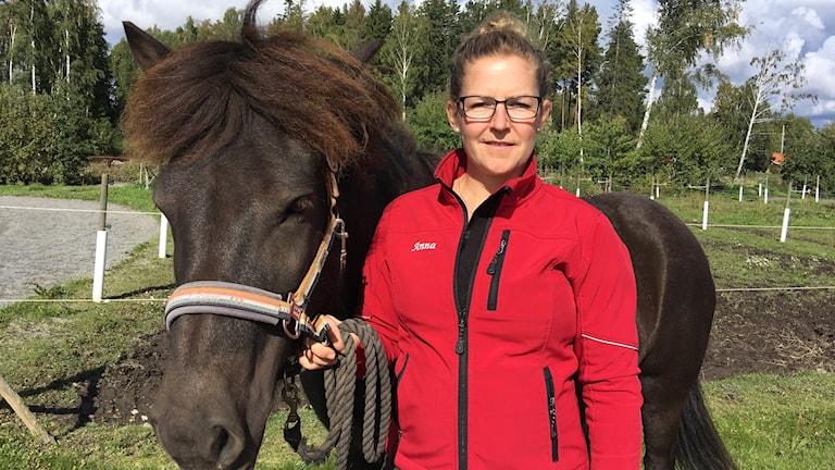 Anna Andersson och islandshästen Kravla från Kulltorp.