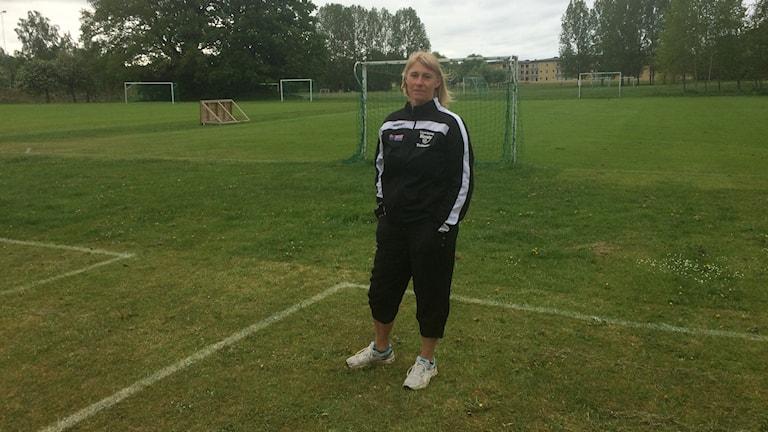Åsa Trangius från Linköping Kenty är lagledare för pojkar -04.