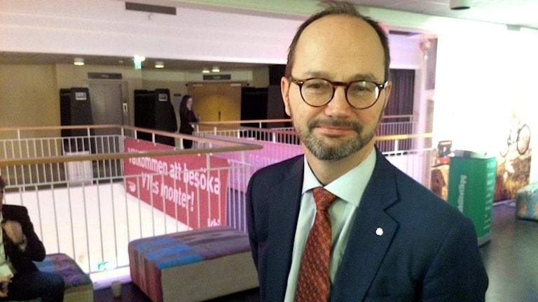 Tomas Enroth (S)